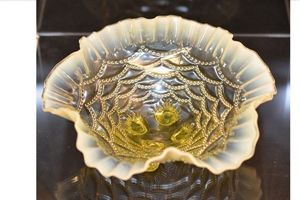 Northwood Beaded Drape Vaseline Glass Bowl.
