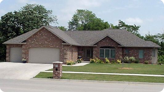 Lovely ranch design dream home pinterest ranch homes for Ranch house with garage