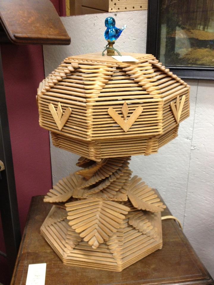 The Popsicle Stick LampCrafts Ideas, De Polo, Log Cabins, Popsicles Art, Popsicle Stick Crafts, Logs Cabin, Popsicle Sticks, Sticks Lamps, Popsicles Sticks Crafts