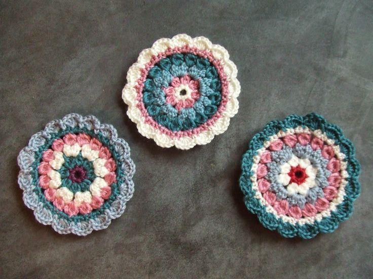 My world of crochet: More Mini Mandalas - FREE Patterns!