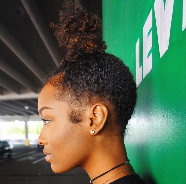 Fabulousbre Top Knot Curly Hair Hairstyles Buns