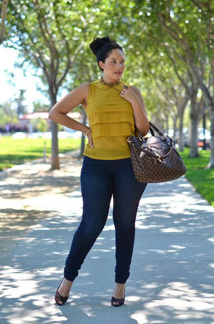 Casual Plus Size | Girl with curves