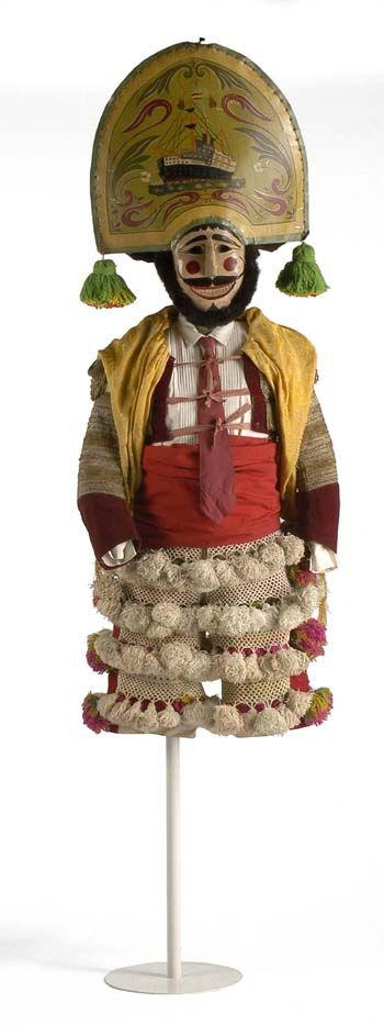 Peliqueiro de Laza, indumentaria popular Galicia  Museo del Traje CIPE.  Spain