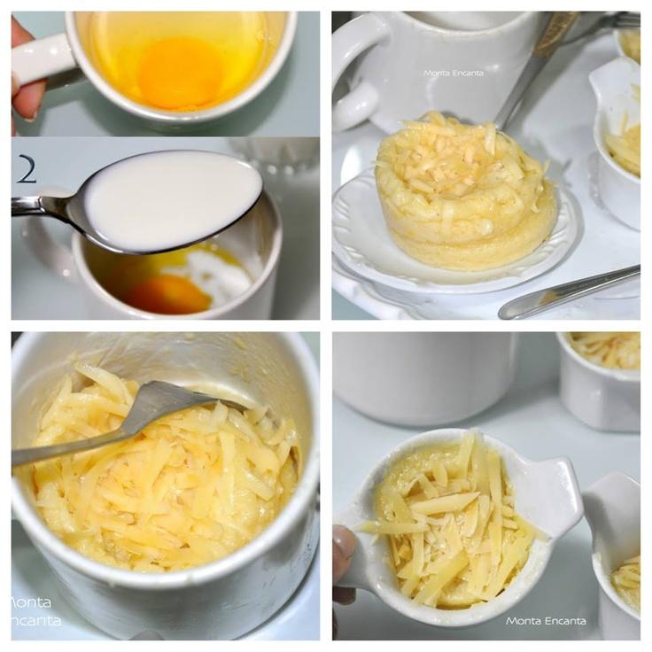Bateu aquela vontade doida de comer um pãozinho de queijo? Que tal um pronto em 3 minutinhos? Pão de Queijo de Microondas Quentinho, Você já experimentou? Ingredientes (rende 2 porções) 1 ovo pequeno 4 colheres de sopa de leite 3 colheres de sopa de óleo 1 pitada de Sal 4 colheres de sopa de parmesão ralado 4 colheres de sopa de polvilho azedo 1 colher de café de fermento em pó margarina ou manteiga para untar