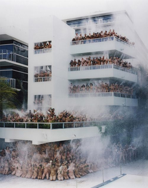Spencer Tunick. 500 nudies with 500 bottles of champagne. FTW.