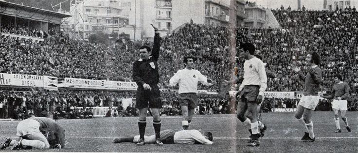 Panathinaikos v everton 1970-71 Referee denied's Everton a penalty kick