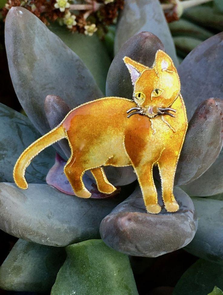 Sterling Silver Enamel Cloisonné Yellow Tabby Cat Pin