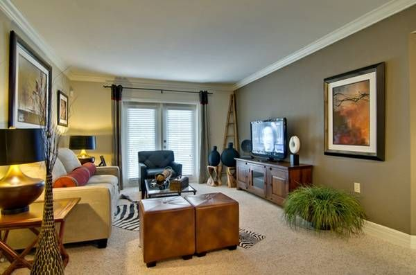 This Gorgeous Apartment Is Located In Maitland, Florida. They Offer One,  Two And