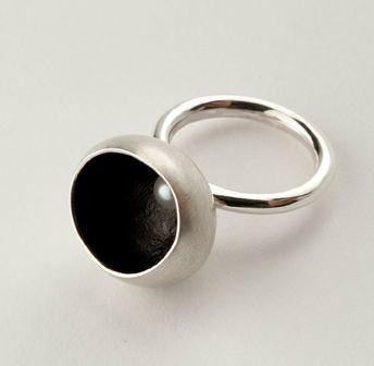 Rachel Swan - Hollow Pearl Ring