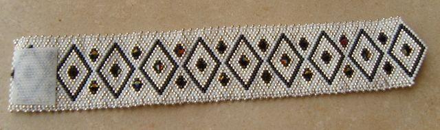 Perles 058-4 - Photo de Bracelets - Cristal d'Opaline, création de bijoux