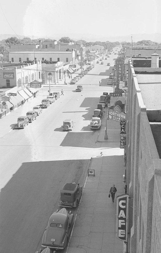 Street scenes of Las Vegas, Nevada 1940s.