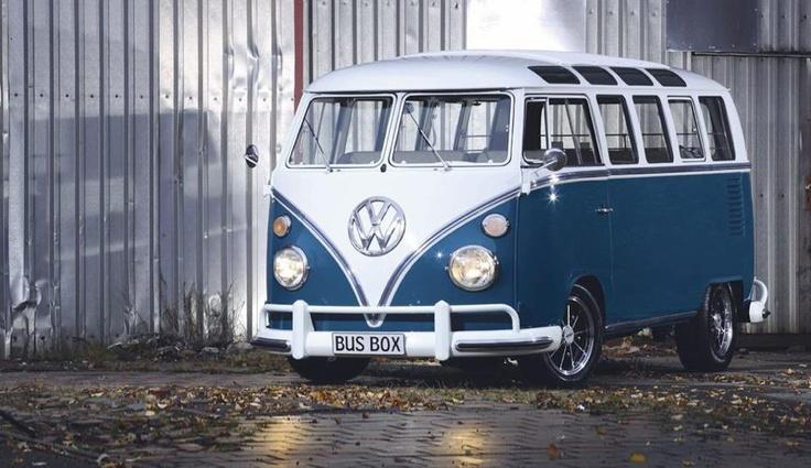 Volkswagen Van Blue + White