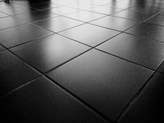 A complete list of U.S. companies that make porcelain tile.