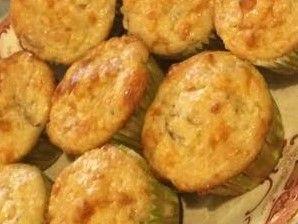 Muffins aux pommes, érable et cheddar | recettes.qc.ca