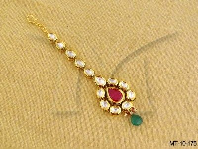 MT-10-175    Paanshape Ruby Green Kundan Mang Tika
