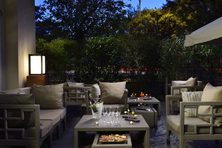 Garden Bar Hotel Pulizer Roma | #hotel #rome #nightout #garden #cocktail