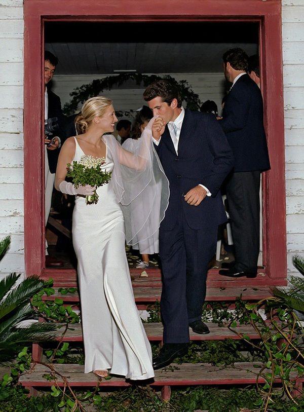 Caroline kennedy wedding dress images