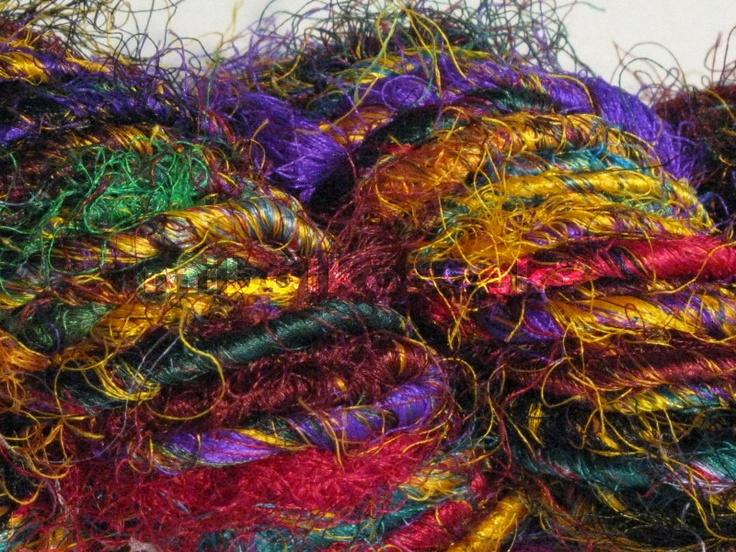 sari silk yarn in color 'fauves'. characterized by bright colors spun contrasting. if you want a really striking piece, this yarn will be a good choice! / szári selyem fonal vadak színben. jellemzője az élénk színek kontrasztos fonása. ha igazán feltűnő darabot szeretnél, ez a fonal jó választás lesz!