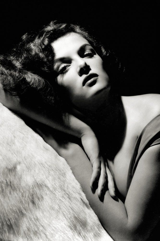 Jane Russell - George Hurrell's Vintage Hollywood Glamour Portraits from 1925 and Beyond | Hollywood Reporter