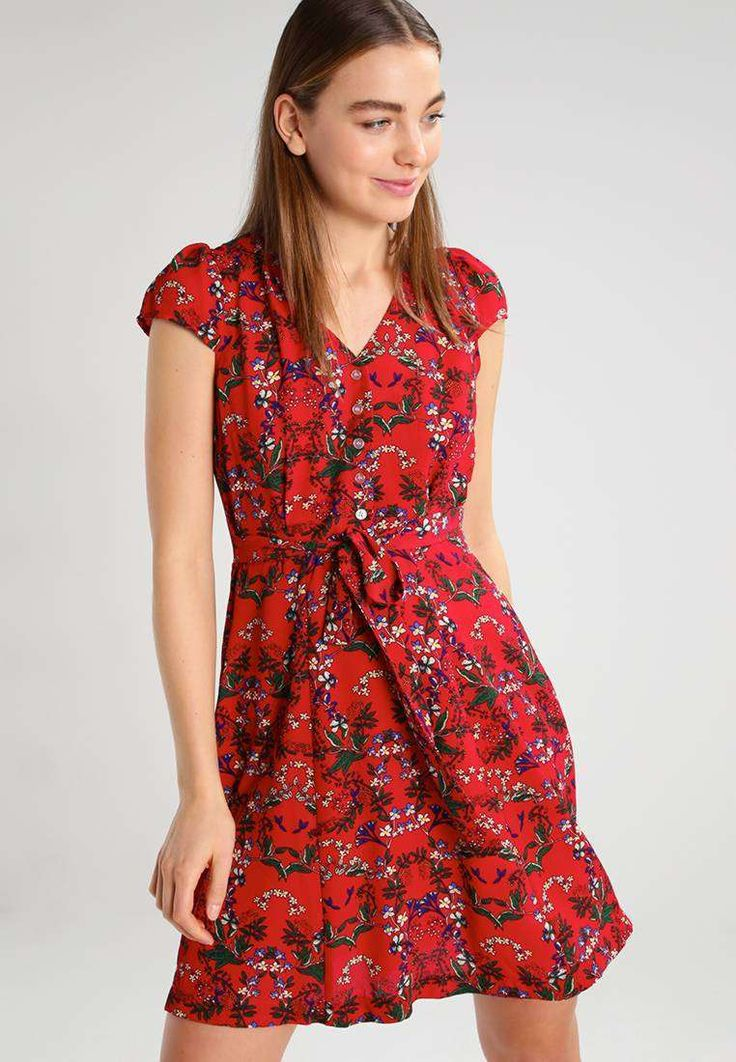 Breathtaking 130+ Beautiful Floral Dress https://fazhion.co/2017/03/30/130-beautiful-floral-dress/ Winter gloves are designed in accordance with the requirements of the consumer. Besides dresses, these types of boots seem cool with denim skirts too. Cowboy boots are not only for cowboys and they're seen throughout the ramp.