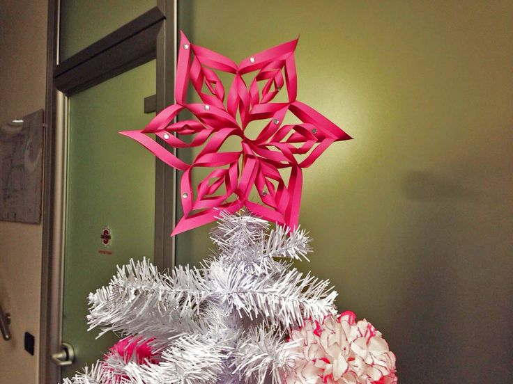 Puntale albero di Natale di carta