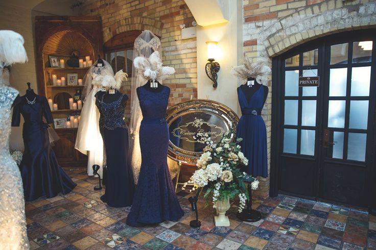 Such gorgeous navy #bridesmaid dresses Photo credit: Anne Edgar Photograpy www.haciendasarria.com