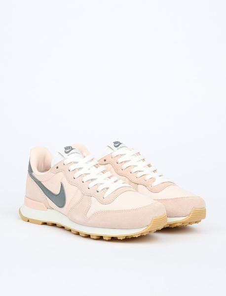 the best attitude 370a6 a8641 ... Nike Internationalist - Sunset TintCool Grey-Summit White . ...