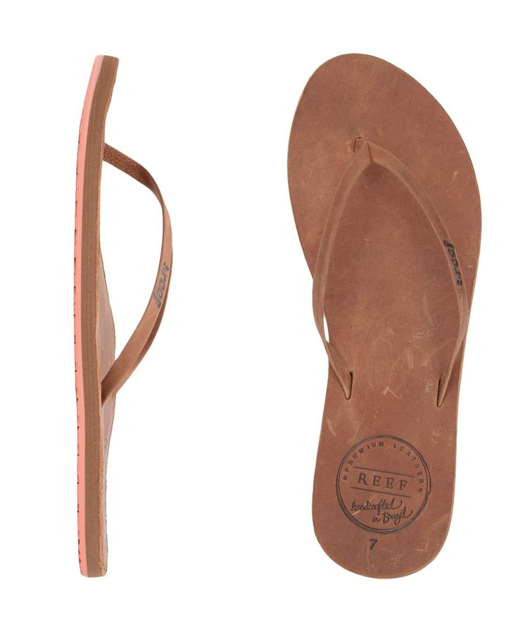 Have the feeling of premium leather on your feet with the Reef Leather  Uptown women's sandals. Great for a day by the pool or a girls night out.