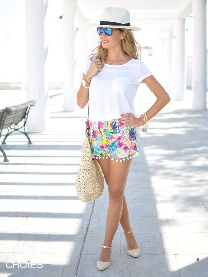 CHOiES Design - Blue Floral Elastic Waist Pom Pom Shorts