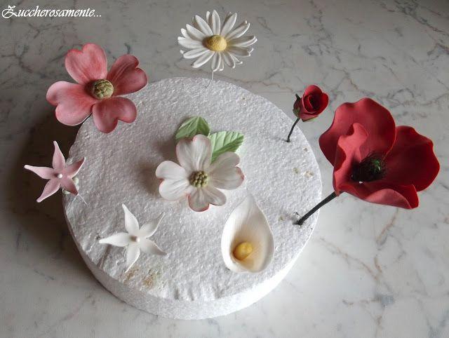 Zuccherosamente...: Fiori misti in pasta di zucchero