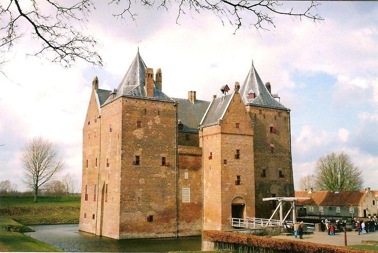 ♥ Slot Loevestein, Zaltbommel, The Netherlands