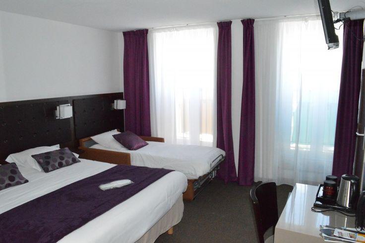 Chambres triple à Cherbourg dans l'hôtel Ambassadeur