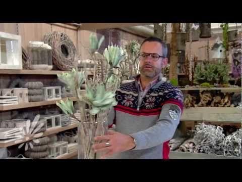 ▶ Glasvaas met takken opmaken met Romeo Sommers - YouTube