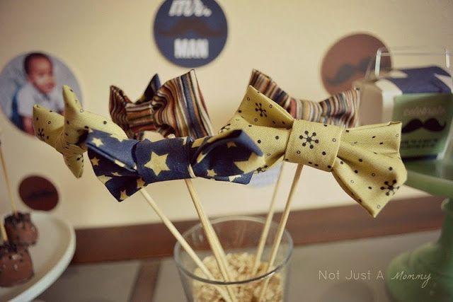 No Sew Bow Ties | Take a sneak peek into a fabulous DIY tutorial on making a simple no-sew tie. A very smart idea!