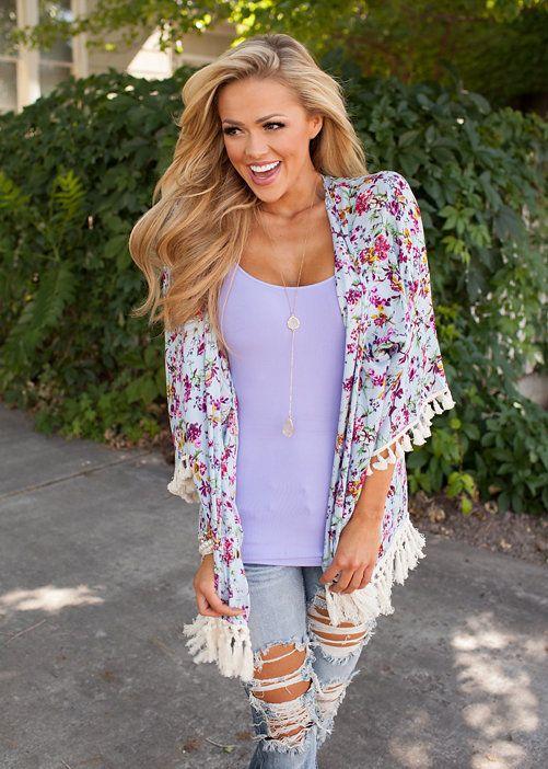 Online boutique. Best outfits. Charming Blossoms Kimono - Modern Vintage Boutique