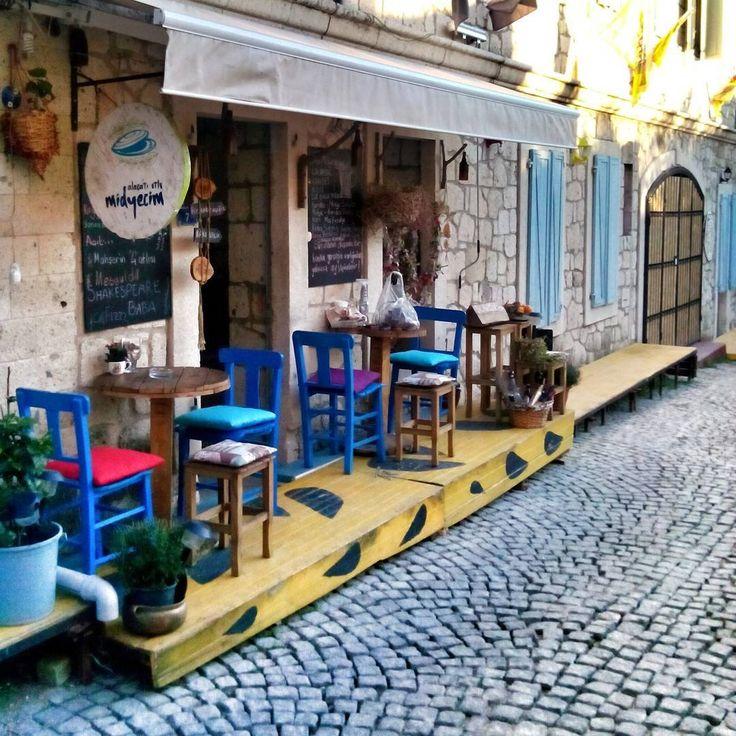 """""""Colourful #street Breakfast time!!! #alaçatı"""""""