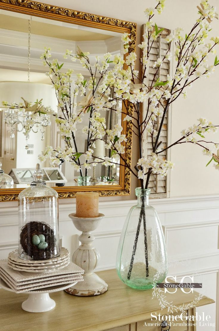 EARLY SPRING… In year's past I used to decorate every nook and crannies at StoneGable with seasonal decor. Over the years I have learned to use a lighter hand and be more selective in what I chose. |  I'm starting Spring decorating with my dining room.  This year it is all about blooms and nests!