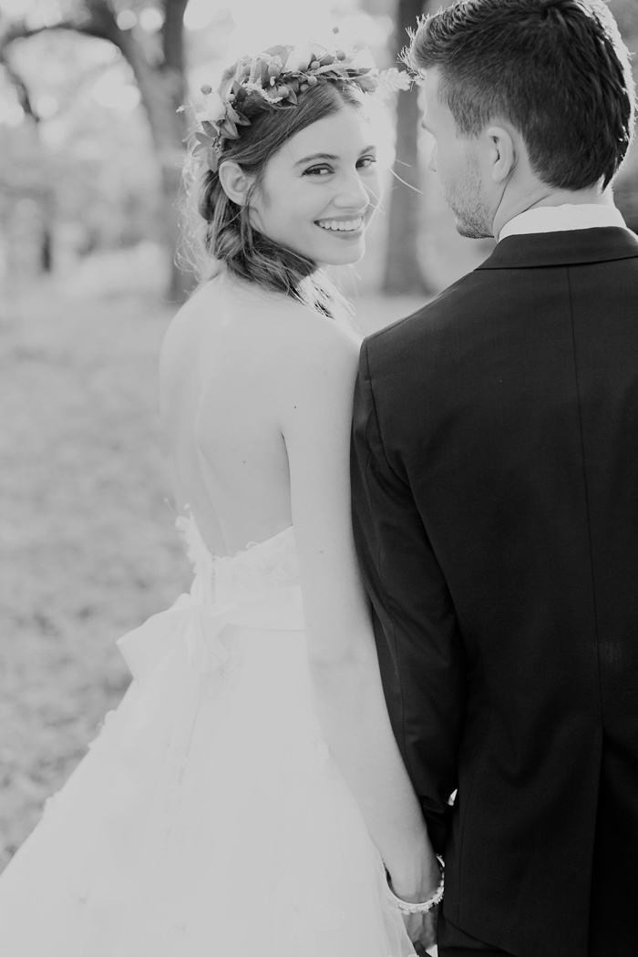 timeless wedding pic!