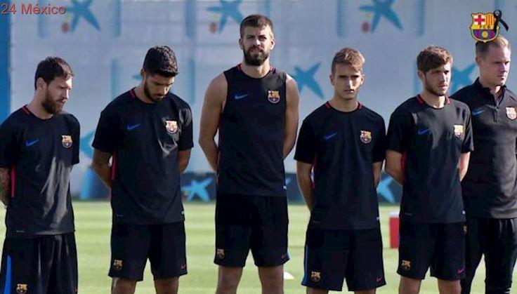 El futbol español rinde homenaje a víctimas de atentados en Barcelona