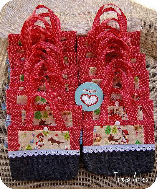Chapeuzinho Vermelho mini bolsinhas lembrancinha