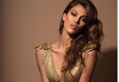 Et si Miss France 2016, Iris Mittenaere, devenait Miss Univers ? Vous pouvez voter