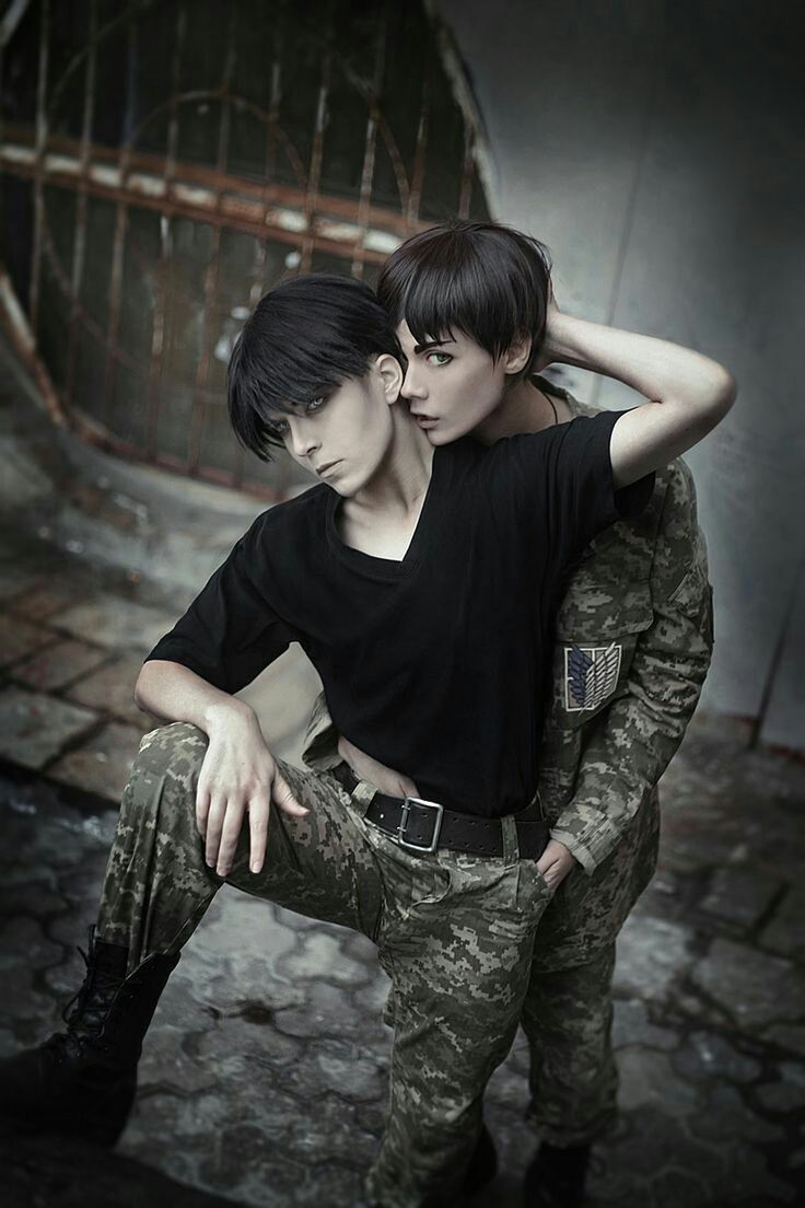 Eren x Levi cosplay | SnK / AoT | manga & anime