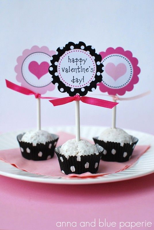 Free Valentine's Day party printable decorations. See more party ideas and free printables at CatchMyParty.com. #valentinesday #freeprintables