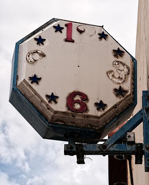 Best 25 Unusual Clocks Ideas On Pinterest Vintage Fans