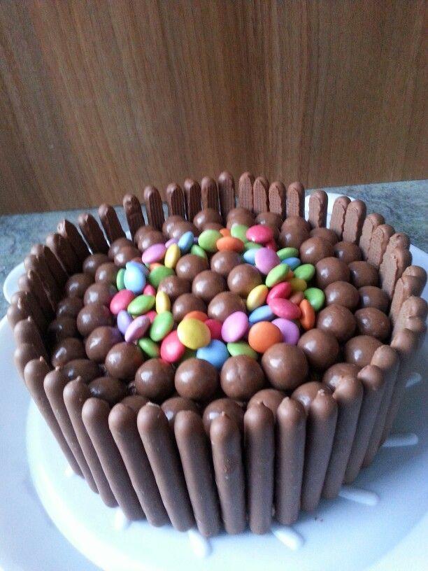 Chocolate finger, smartie & malteaser cake!