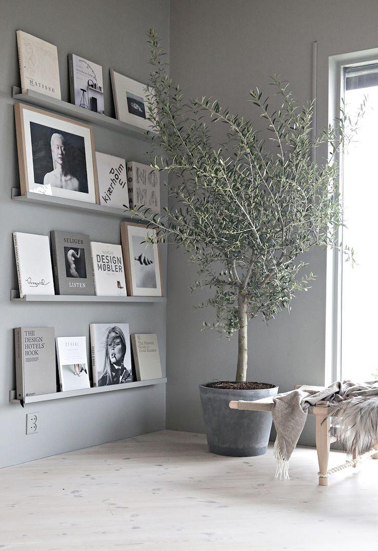 Grey book wall (Stylizimo blog)