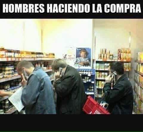 Mis amigos y yo .... #memes #chistes #chistesmalos #imagenesgraciosas #humor http://www.megamemeces.com/memeces/imagenes-de-humor-vs-videos-divertidos