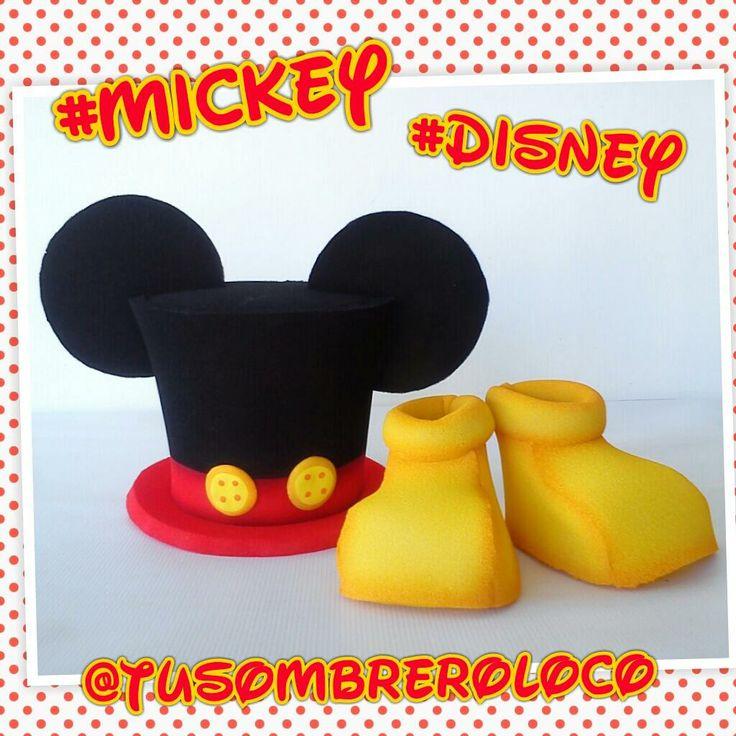 Hoy les traemos un #sombrero y #zapatos #MickeyMouse #Disney para un pequeñín celebrar su #fiesta #infantil