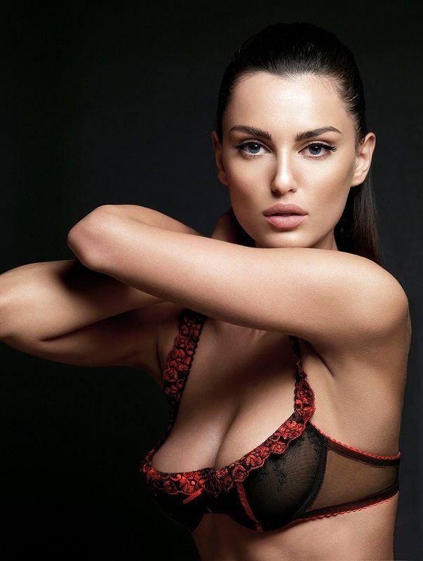 Catrinel Menghia (Marlon) the most beautiful Romanian girl. photo