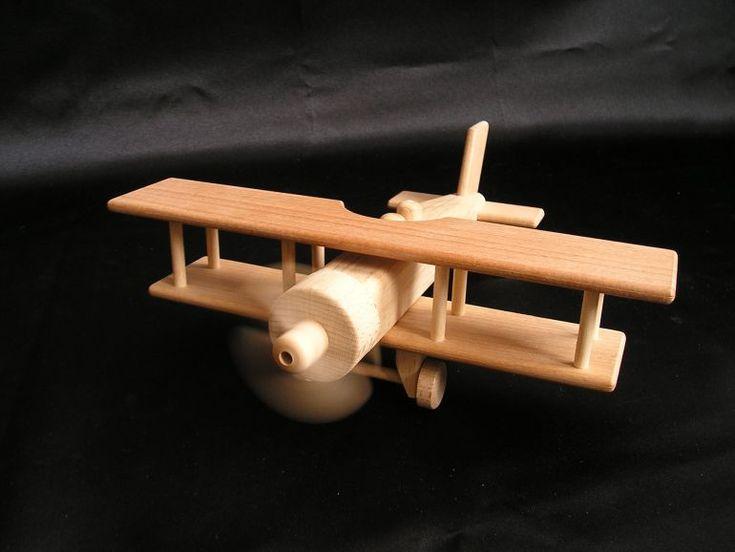 Holzflugzeug Doppeldecker Kinderspielzeug.
